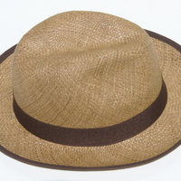 Aito panamahattu värillinen hyvät hattu b54e2e0366